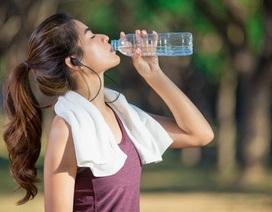 7 cách giữ mát cơ thể khi đi bộ ngày nắng