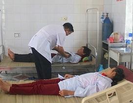 Nghệ An: Hai vợ chồng thoát chết hy hữu khi bị sét đánh