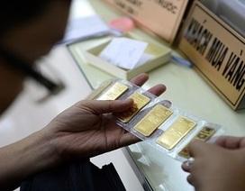 Giá vàng biến động mạnh trước bất ổn rình rập