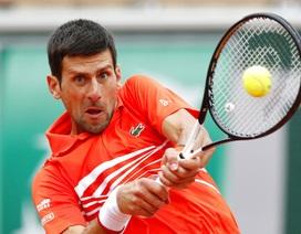 """Roland Garros 2019: Djokovic vào tứ kết """"không đổ mồ hôi"""""""