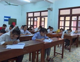 Quảng Bình: Đề nghị kỷ luật 2 giáo viên ký nhầm trên giấy thi khiến 24 thí sinh phải làm lại bài