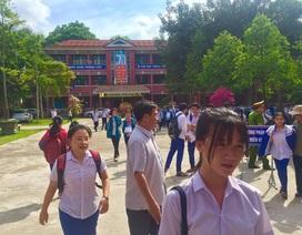 """Tuyển sinh lớp 10 Quảng Trị: Đề thi tiếng Anh """"dễ thở"""", thí sinh phấn khởi"""