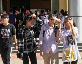 """Thanh Hóa: Gần 36 nghìn thí sinh """"đội nắng"""" làm thủ tục dự thi vào lớp 10 THPT"""