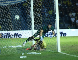 Nguyên nhân nào khiến thủ môn Kawin mắc sai lầm nghiêm trọng?