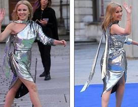 Kylie Minogue vẫn trẻ đẹp ở tuổi 51