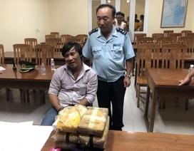 Tóm gọn đối tượng tuồn 40.000 viên ma túy tổng hợp về Việt Nam