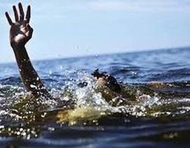 1 ngày 2 vụ đuối nước, 4 người chết thương tâm