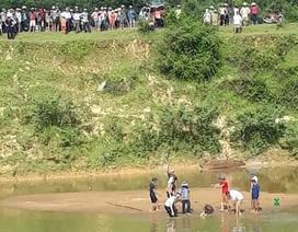 Cứu con đuối nước, cả 2 cha con bị dòng xoáy nhấn chìm, tử vong