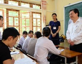 Thứ trưởng Bộ GD&ĐT động viên thí sinh Yên Bái trước kỳ thi THPT quốc gia