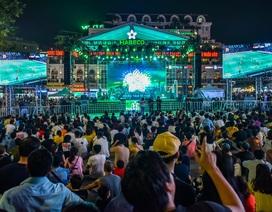Phố đi bộ Hà Nội sôi động dịp cuối tuần với trải nghiệm thế giới bia