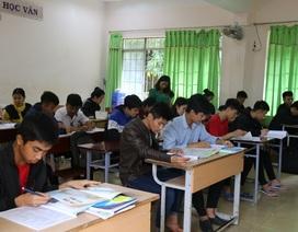 """""""Tiếp sức"""" cho học sinh khó khăn trong kỳ thi THPT quốc gia"""