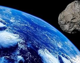 Các nhà khoa học cảnh báo một tiểu hành tinh khổng lồ có thể tấn công Trái Đất