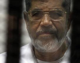 Cựu Tổng thống Ai Cập đột tử giữa phiên tòa xét xử nghi án gián điệp