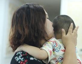 Vụ cô giáo tát bé 3 tuổi lằn má, tím bầm môi: Nhà trường chịu trách nhiệm trước gia đình!