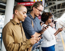 """Choáng: Một phát hiện """"rụng rời"""" khi  sử dụng smartphone quá nhiều"""