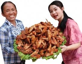 """Bà Tân """"vê lốc"""" lần đầu lên truyền hình sau khi lập kỉ lục Guiness Việt Nam"""