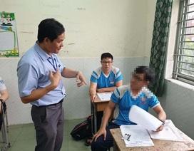 Một thí sinh phải dùng máy trợ thính trong quá trình thi THPT quốc gia