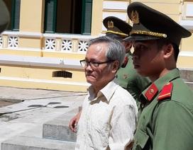 Công chứng viên âm mưu lật đổ chính quyền nhân dân