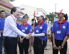 Những hình ảnh đẹp về tiếp sức mùa thi tại Đắk Lắk
