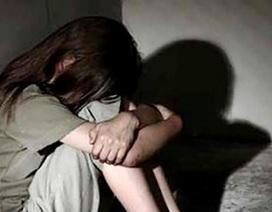 """Nam sinh viên vào tù vì làm """"chuyện người lớn"""" với bé gái 12 tuổi"""