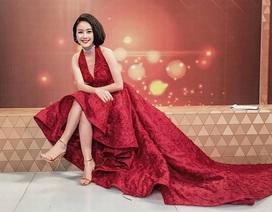 """MC Phí Linh: """"Ra đường không ai nhận ra tôi vì không trang điểm"""""""