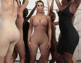 """Bị phản ứng khi sử dụng tên gọi """"Kimono"""", Kim Kardashian đổi tên dòng sản phẩm nội y"""