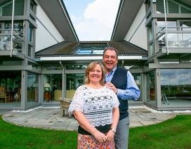 Cặp đôi hứa trao thưởng căn nhà trị giá 3 triệu Bảng nhưng cuối cùng chỉ an ủi người chiến thắng bằng 110.000 bảng Anh