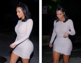 """Chị em nhà Kardashian đua nhau diện váy """"chật ních"""""""