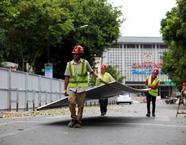 Hà Nội: Rào chắn đường Trần Hưng Đạo để thi công ga tàu điện ngầm