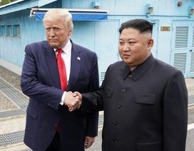 Tổng thống Trump tiếp tục khen ngợi ông Kim Jong-un sau cuộc gặp lịch sử
