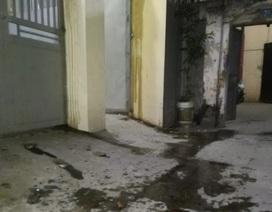 """Hà Nội: Vợ trốn nợ, chồng ở nhà hứng chịu """"bom bẩn"""""""