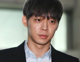 """""""Hoàng tử gác mái"""" Park Yoochun bị tuyên án vì mua bán và dùng ma túy"""