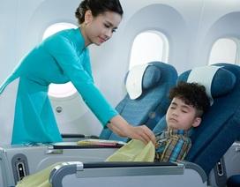 """Vì sao khách mua vé máy bay phổ thông lại được """"hưởng lợi"""" như thương gia?"""