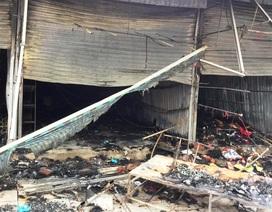 Lửa thiêu rụi nhiều ki ốt tại thành phố Sầm Sơn