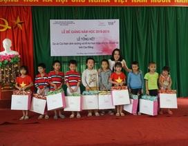 Mang sữa học đường đến với trẻ khuyết tật tại Cao Bằng