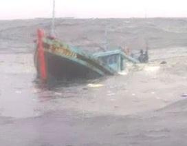 Chìm tàu cá, 4 người tử vong, 1 người mất tích