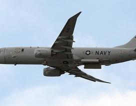 """Khoảnh khắc máy bay Nga chặn """"sát thủ săn ngầm"""" của Mỹ tiếp cận Crimea"""