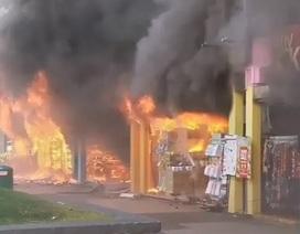 Cháy lớn ở Singapore, 8 người nhập viện