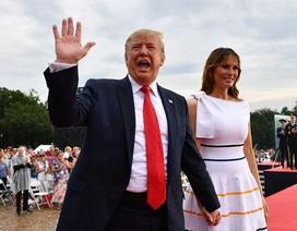 """Lễ kỷ niệm Quốc khánh Mỹ """"tâm huyết"""" của ông Trump: Tán dương và tranh cãi"""