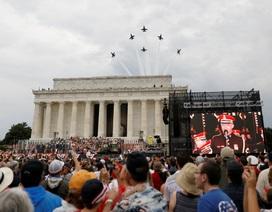 Dàn máy bay quân sự phô diễn sức mạnh kỷ niệm Quốc khánh Mỹ