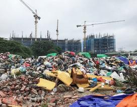 Hà Nội ngổn ngang rác thải sau sự cố bãi rác Nam Sơn bị chặn đường