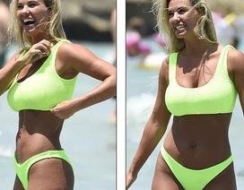 Christine McGuinness cuốn hút với bikini sành điệu