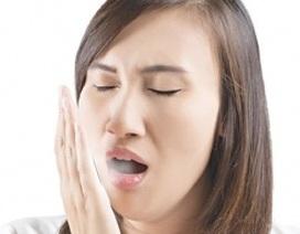 Làm gì khi bị hôi miệng?