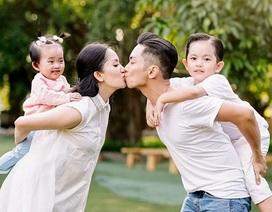 Tuấn Hưng, Phan Hiển khoe ảnh hôn vợ