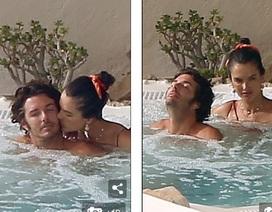 Alessandra Ambrosio tình tứ bên bạn trai Nicolo Oddi