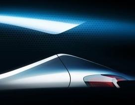 """Hyundai """"nhá hàng"""" mẫu xe mới"""