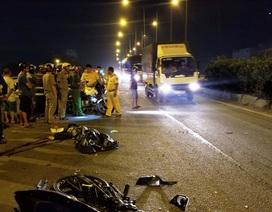 Chạy vào làn ô tô trên cầu vượt, nam thanh niên tông xe container tử vong