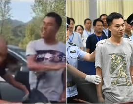 Đi tù vì chặn đánh giáo viên cũ, quay clip đưa lên mạng xã hội