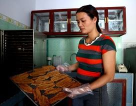Thơm ngọt đặc sản chuối ép làng cổ Lộc Yên