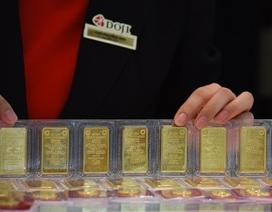 Giá vàng sụt giảm sau tuần tăng gần 2 triệu đồng/lượng